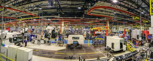 Encomenda de caminhões cresce e já gera recontratações