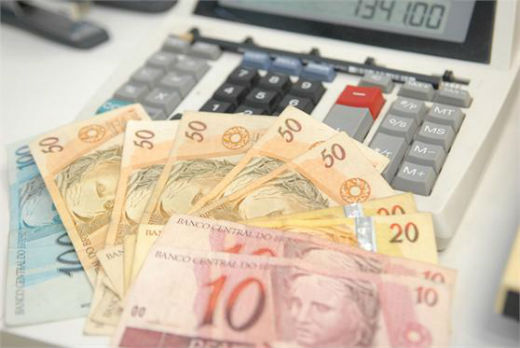 Tributos custaram R$ 41 bilhões a empresas do setor em 2015, segundo o IBPT (Instituto Brasileiro de Planejamento e Tributação)