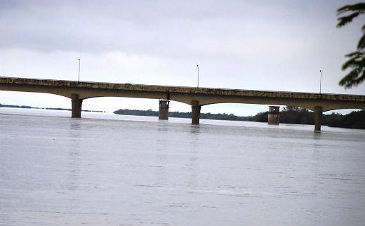 Chuvas provocam morte, alagamentos e interdições de rodovias no sul do país